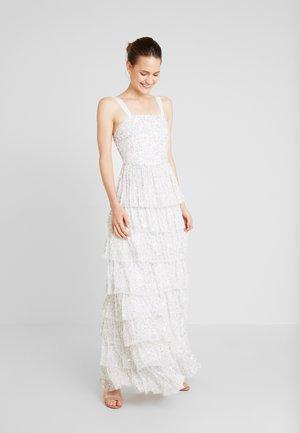 ALL OVER EMBELLISHEDTIERED DRESS - Společenské šaty - ivory