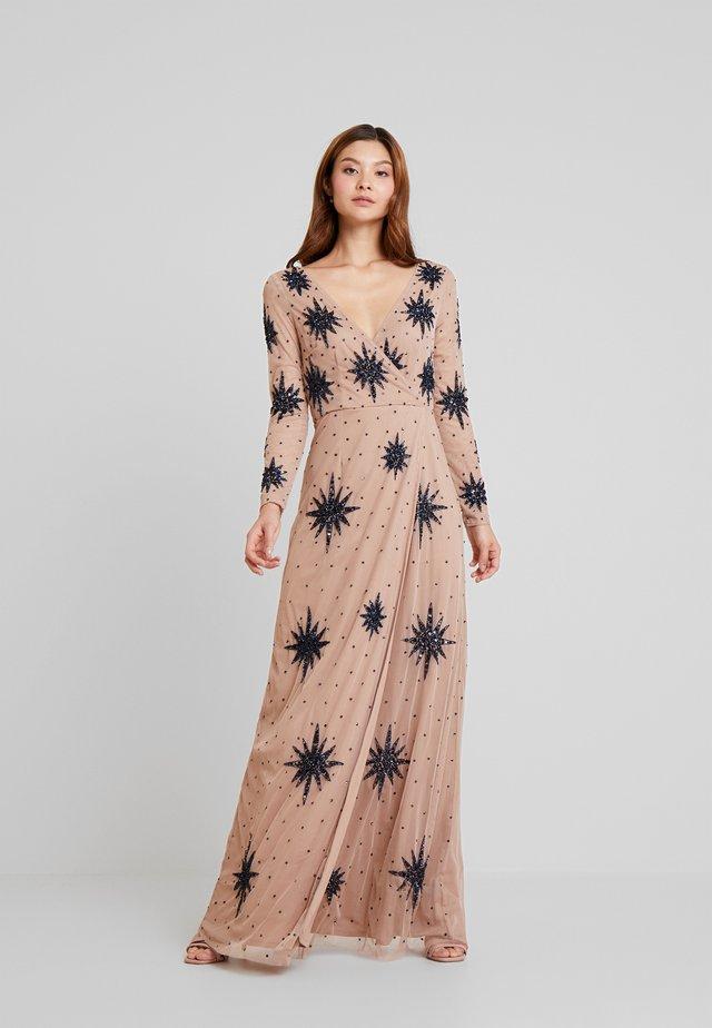 STAR EMBELLISHED WRAP DRESS - Abito da sera - blush/navy