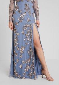 Maya Deluxe - LONG SLEEVE ALL OVER EMBELLISHED DRESS - Ballkleid - blue/bronze - 5
