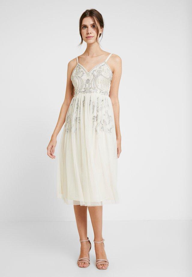 EMBELLISHED CAMIMIDI DRESS - Cocktailkleid/festliches Kleid - offwhite