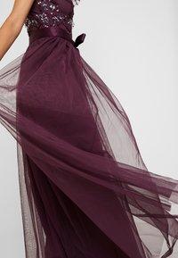 Maya Deluxe - RUFFLE SLEEVE EMBELLISHEDBODICE DRESS WITH SASH TIE BELT - Suknia balowa - plum - 5