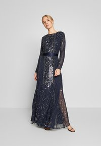 Maya Deluxe - ALL OVER EMBELLISHED SPOT MAXI DRESS - Suknia balowa - navy - 1