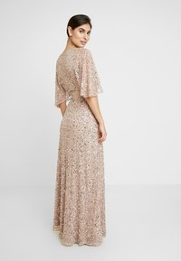 Maya Deluxe - KIMONO SLEEVE ALL OVER DELICATE SEQUIN MAXI DRESS - Iltapuku - taupe blush - 3