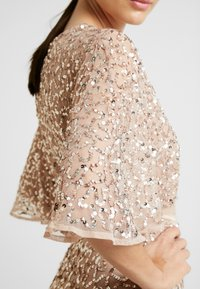 Maya Deluxe - KIMONO SLEEVE ALL OVER DELICATE SEQUIN MAXI DRESS - Iltapuku - taupe blush - 6