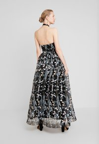 Maya Deluxe - ALL OVER EMBROIDERED PROM MAXI DRESS WITH KEYHOLE - Occasion wear - multi - 2