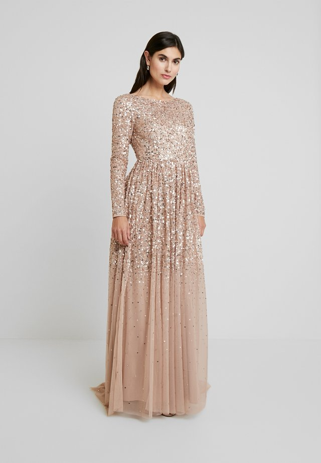 ALL OVER MAXI DRESS WITH PLUNGE BACK - Společenské šaty - taupe blush