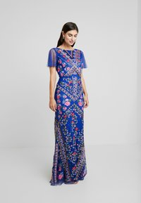 Maya Deluxe - ALL OVER EMBROIDERED FLORAL MAXI DRESS - Ballkjole - cobalt/multi