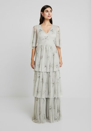 EMBELLISHED SLEEVE TIERED MAXI DRESS - Iltapuku - soft grey