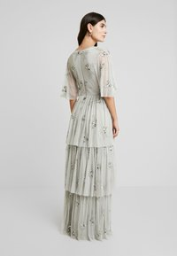 Maya Deluxe - EMBELLISHED SLEEVE TIERED MAXI DRESS - Ballkjole - soft grey - 3