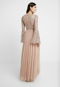 Maya Deluxe - ROUND NECK DELICATE SEQUIN BELL SLEEVE MAXI DRESS WITH SKI - Iltapuku - taupe blush - 3