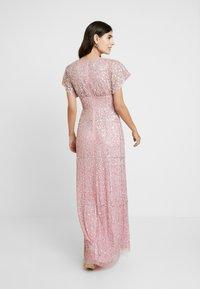 Maya Deluxe - EMBELLISHED V NECK MAXI DRESS - Vestido de fiesta - pink - 3