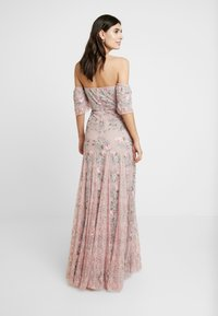 Maya Deluxe - ALL OVER MAXI DRESS WITH DETAILING - Iltapuku - soft pink - 3