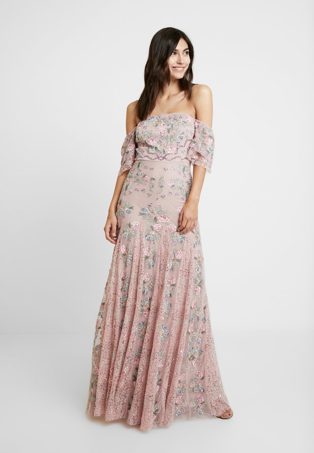ALL OVER MAXI DRESS WITH DETAILING - Iltapuku - soft pink