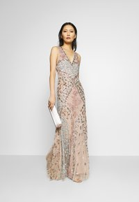 Maya Deluxe - DEEP V NECK EMBELLISHED MAXI DRESS WITH CUT OUT BACK - Vestido de fiesta - nude/multi - 1