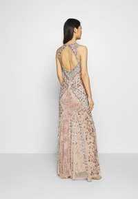 Maya Deluxe - DEEP V NECK EMBELLISHED MAXI DRESS WITH CUT OUT BACK - Vestido de fiesta - nude/multi - 2