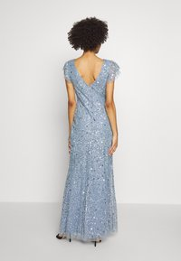 Maya Deluxe - DIP BACK ALL OVER SEQUIN MAXI DRESS - Galajurk - dusty blue - 3