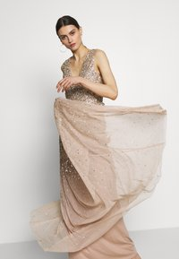 Maya Deluxe - EMBELLISHED NECK MAXI DRESS - Suknia balowa - gold - 4