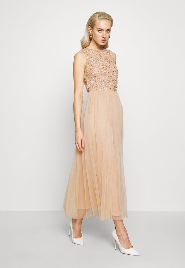 EMBELLISHED OVERLAY MIDAXI DRESS - Occasion wear - peach