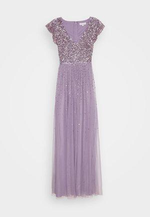 V NECK FLUTTER SLEEVE DRESS WITH SCATTERED SEQUINS - Galajurk - lavender