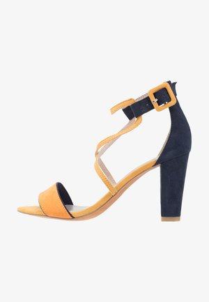 Sandales à talons hauts - saffron