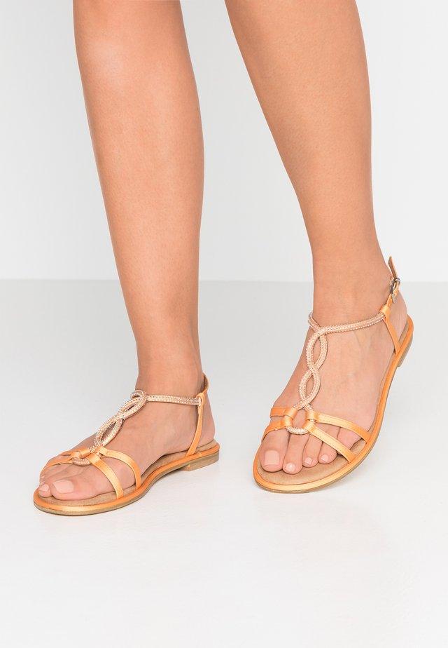 Sandals - mango