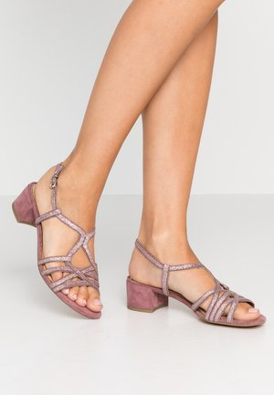 Sandals - berry