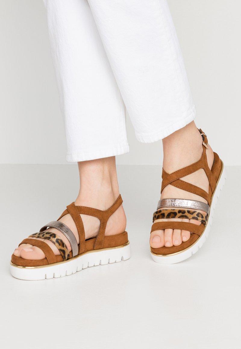 Marco Tozzi - Wedge sandals - cognac
