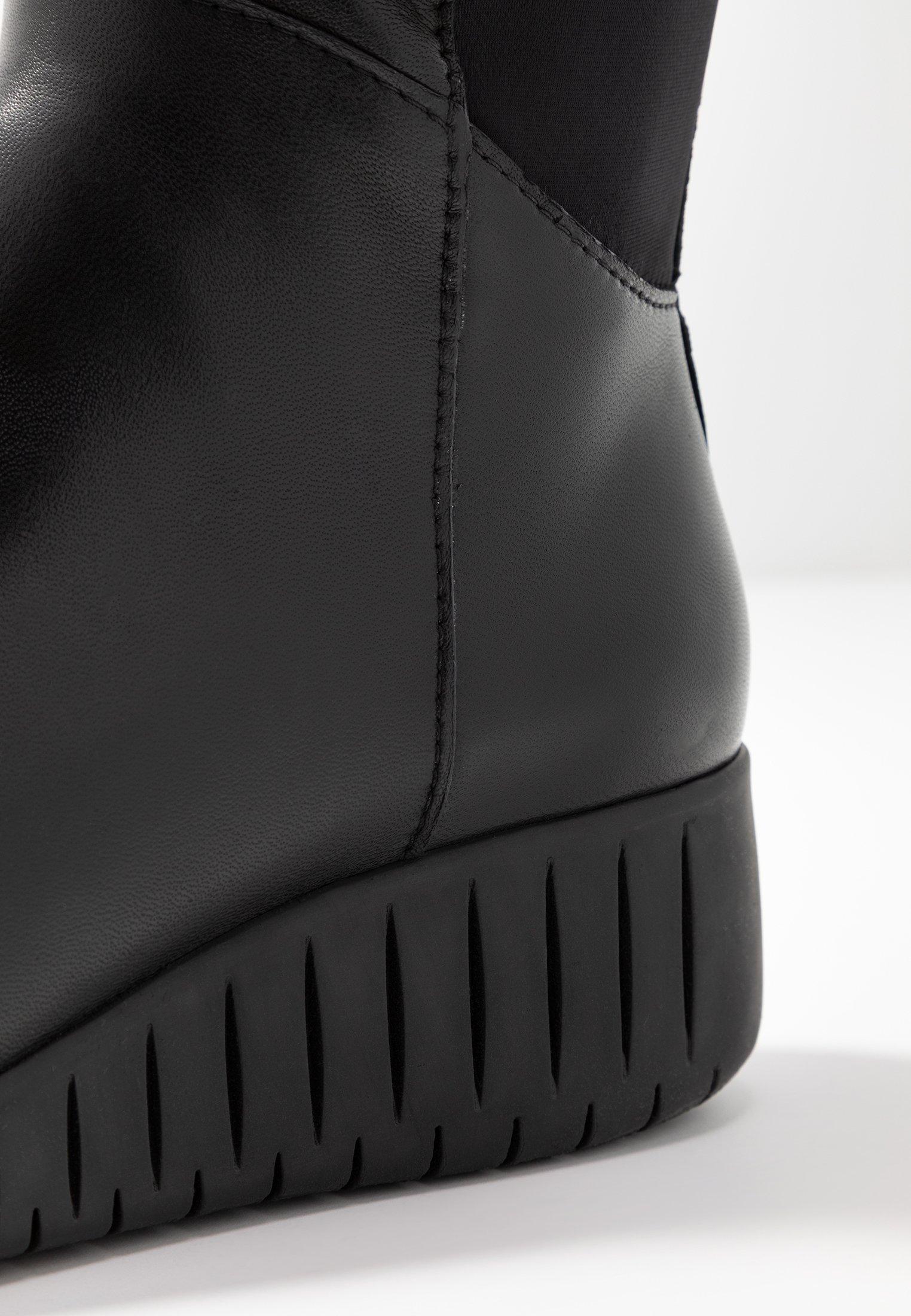 Marco Tozzi Kozaki na koturnie - black/anthrazit