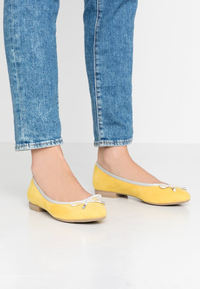 Ballerines - yellow