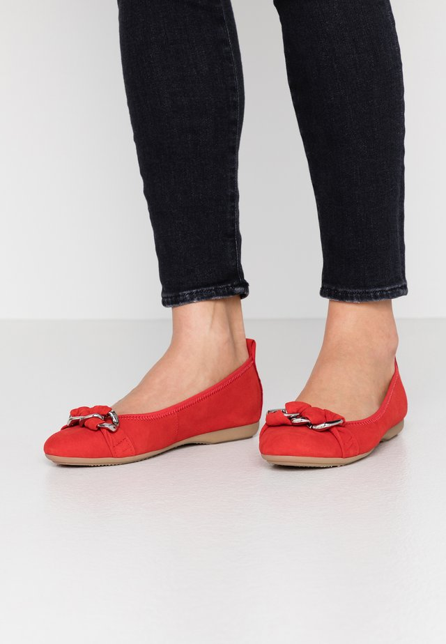 Ballet pumps - red