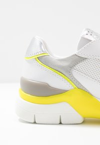 Marco Tozzi - LACE UP - Trainers - white/neon yellow - 2
