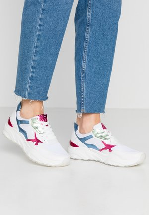 Trainers - white/blue m.