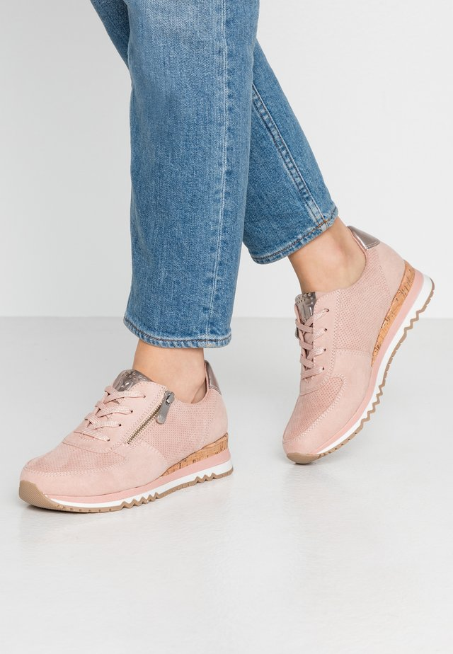 LACE UP - Trainers - rose