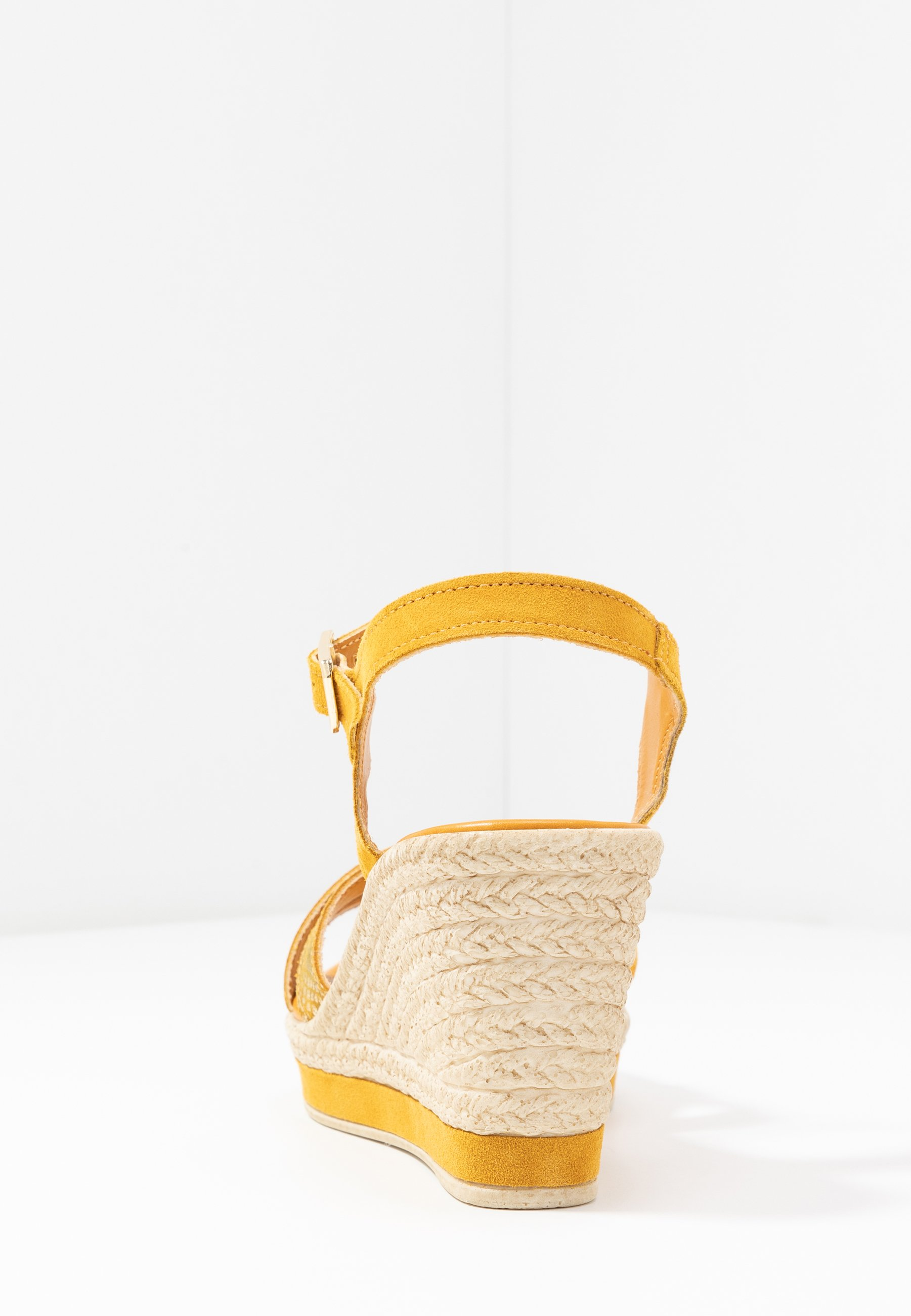 Marco Tozzi Platåsandaletter - Yellow