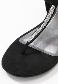 Marco Tozzi - T-bar sandals - black - 2