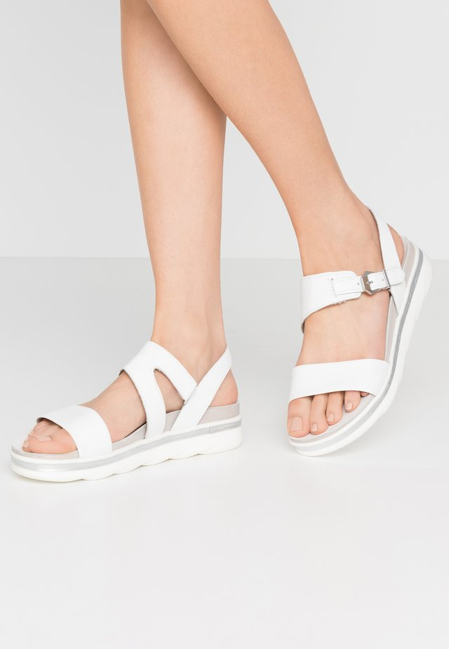 Platåsandaletter - white
