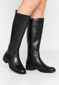 Marco Tozzi - BOOTS - Boots - black antic - 0