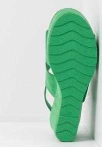 Marco Tozzi - Sandalias con plataforma - green - 6