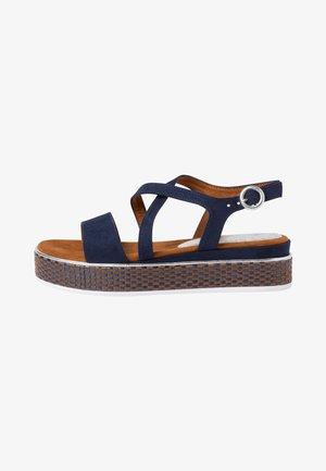 Sandały na platformie - blue
