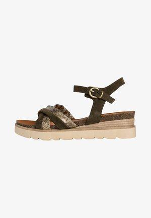 Sandaler m/ kilehæl - khaki