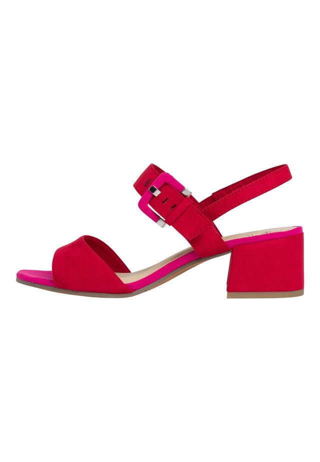 Sandals - red comb