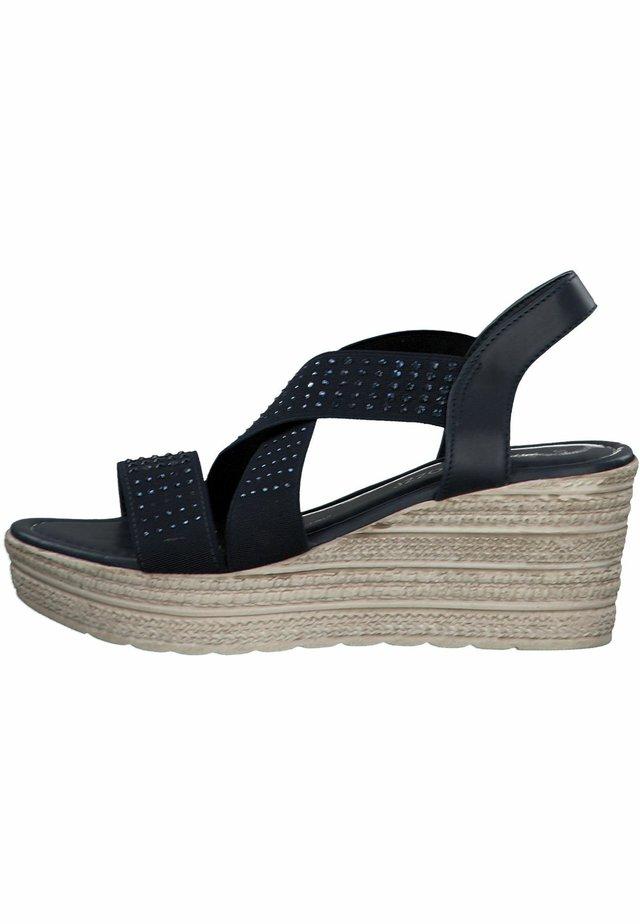 MARCO TOZZI - Korkeakorkoiset sandaalit - navy comb