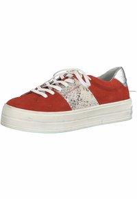 Marco Tozzi - Scarpe skate - red comb - 2