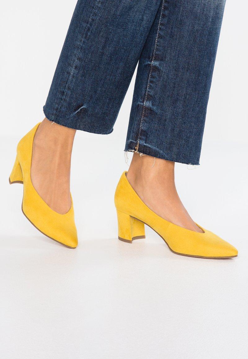Marco Tozzi - Classic heels - yellow