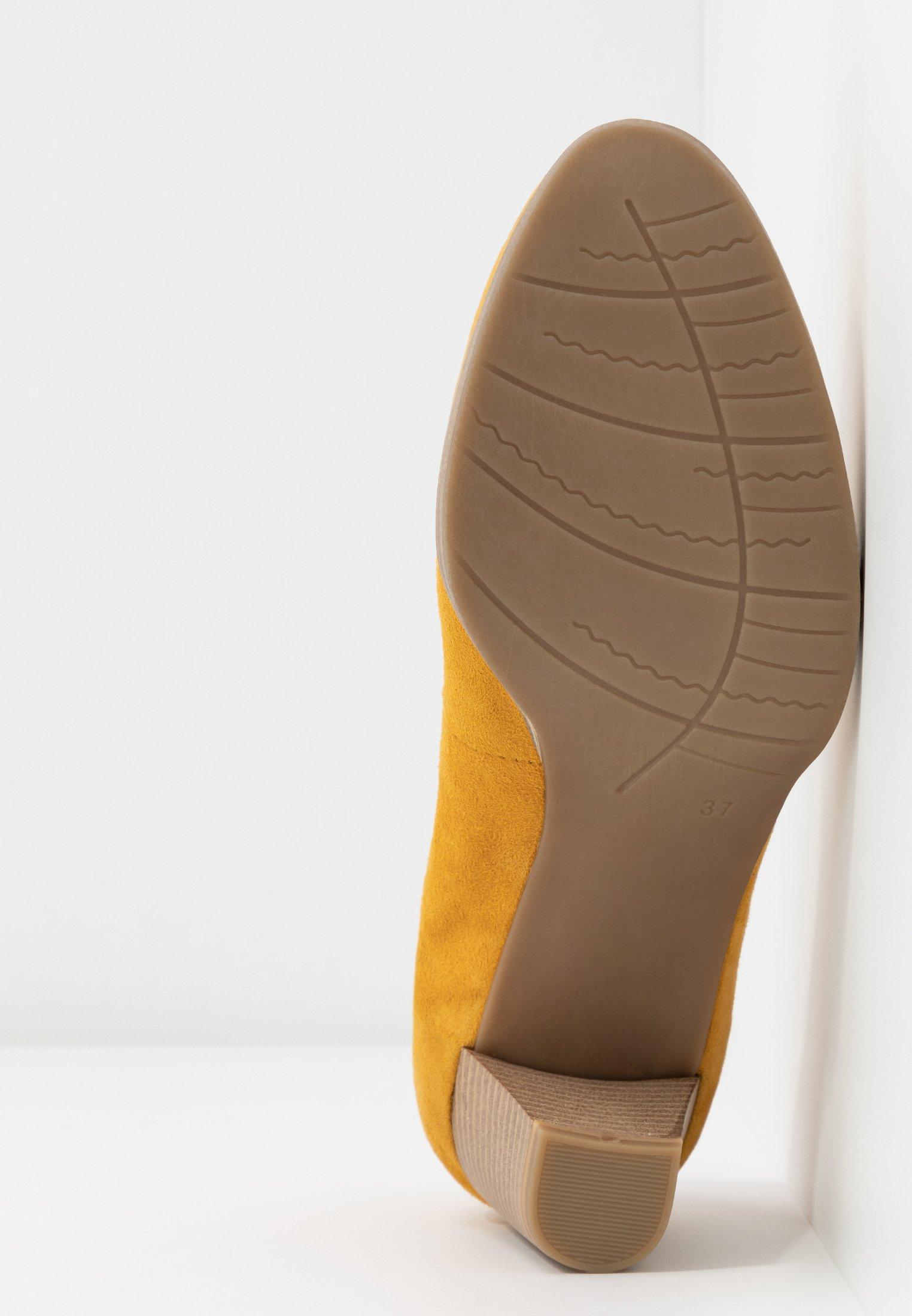 Marco Tozzi COURT SHOE - Klassiske pumps - saffron