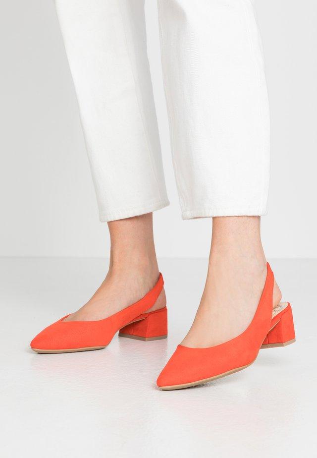 Classic heels - fire