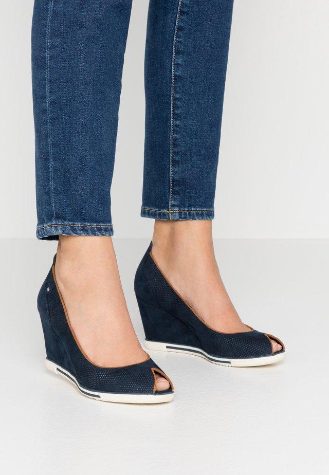 Peep-toes - navy