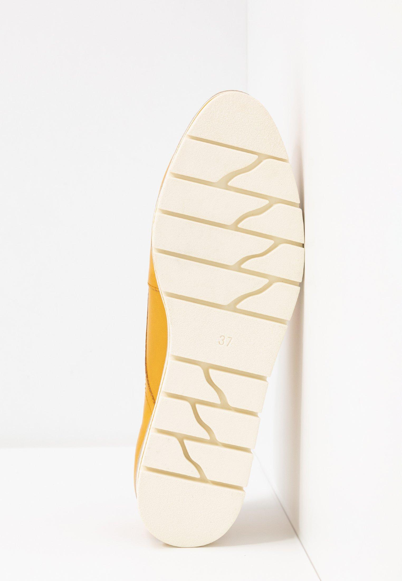 Marco Tozzi LACE UP - Sznurowane obuwie sportowe - sun