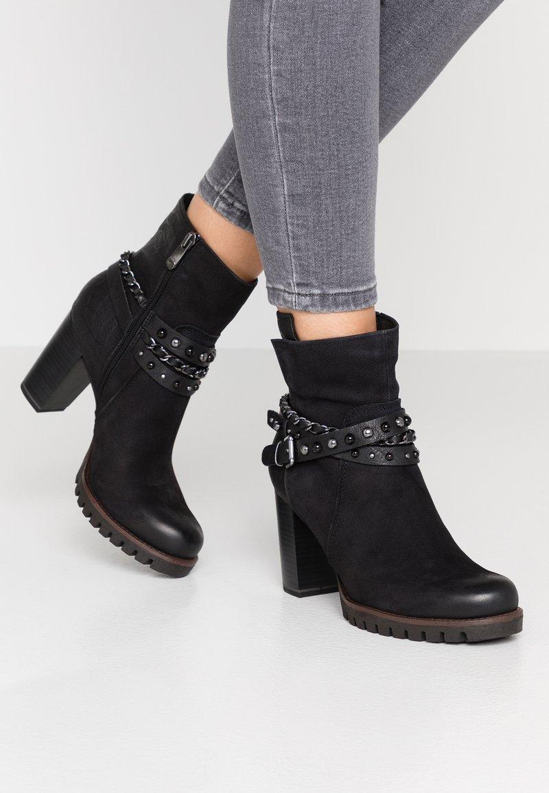 Marco Tozzi - Cowboy/biker ankle boot - black