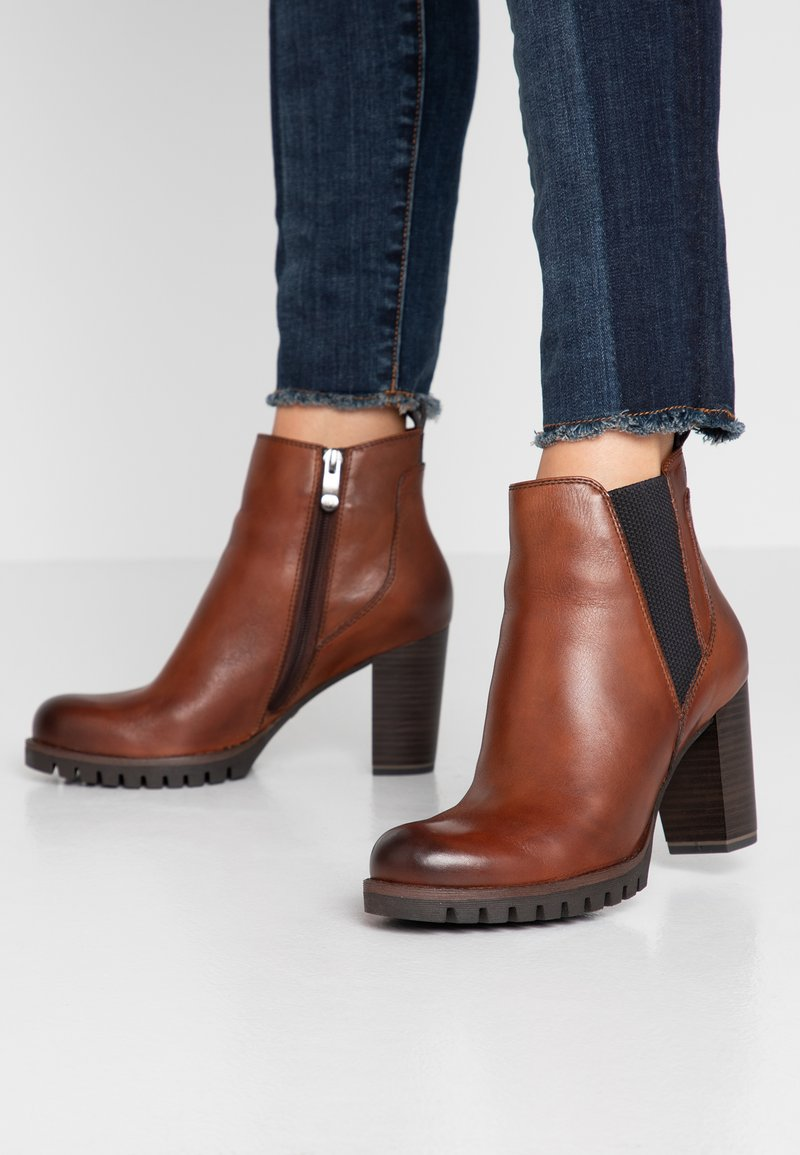 Marco Tozzi - Ankle Boot - cognac